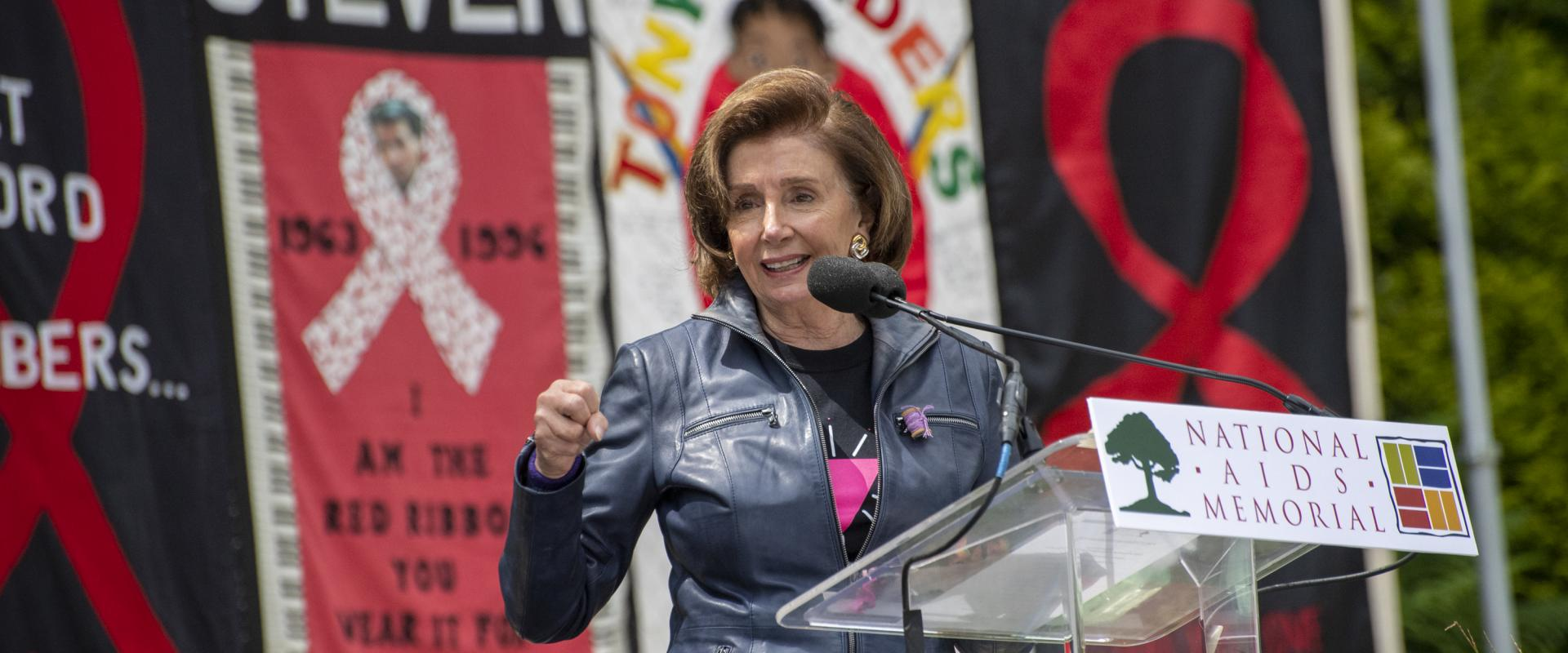 Congresswoman Nancy Pelosi joined the National AIDS Memorial in remembrance to solemnly mark 40 years since the beginning of the AIDS epidemic; mourning the hundreds of thousands of Americans we have lost to this vicious disease.  Fighting HIV/AIDS has be